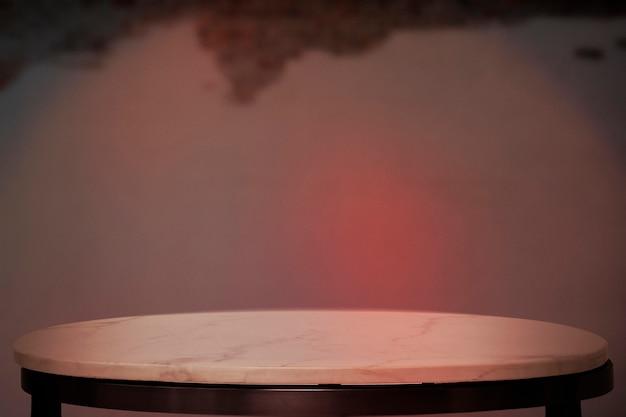 Sfondo del prodotto cafe, marmo bianco con luce al neon rossa