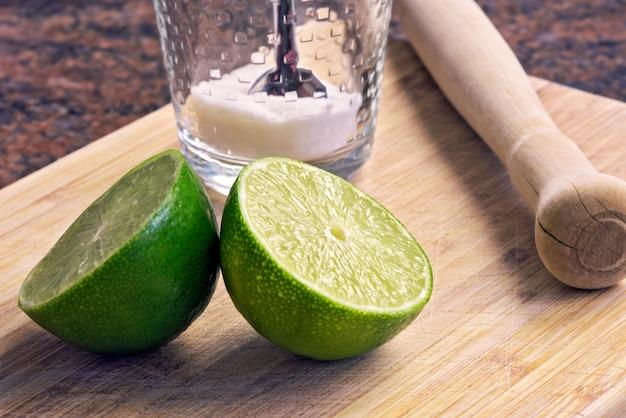 Caipirinha kit: ингредиенты бразильского напитка