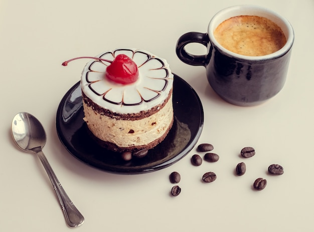 Cake and cup of coffee