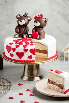 Cake decorated with chocolate bears