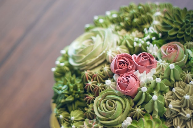 Cake decorating by homemade bakery