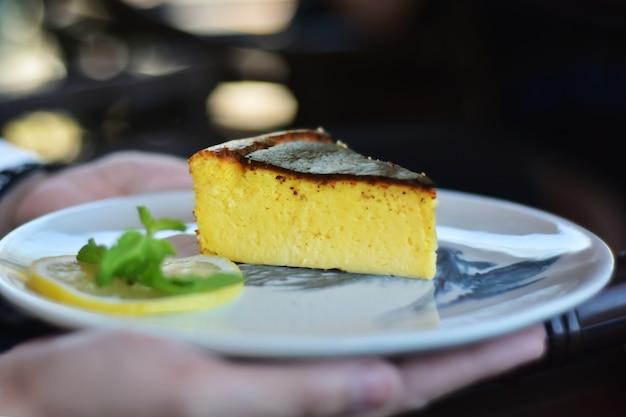レジャーで美味しいケーキ