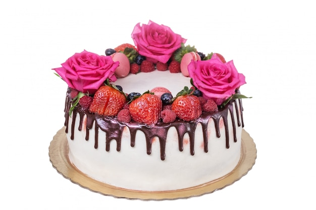 Cake of strawberry roses on the day of birth.
