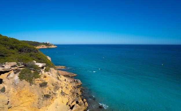 タラゴナのcala de rocaプラナビーチ