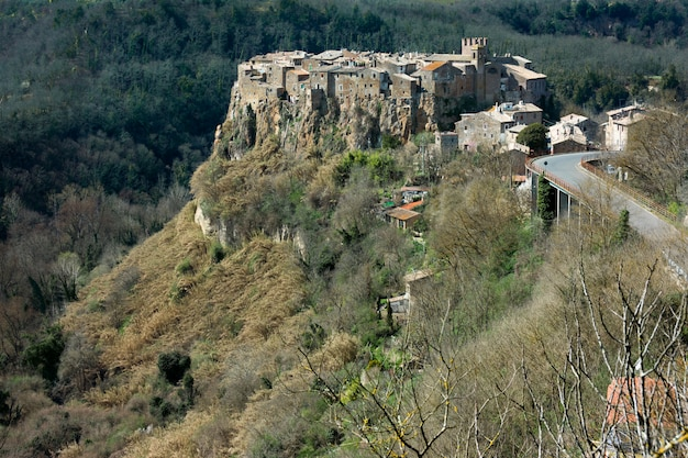 Кальката, средневековая итальянская деревня в провинции витербо