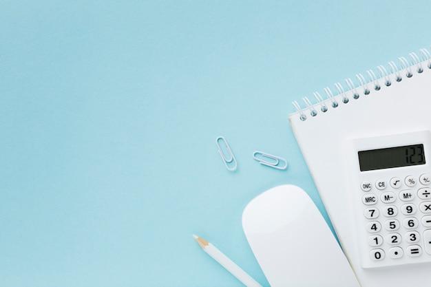 メモ帳フラットレイアウト上の電卓