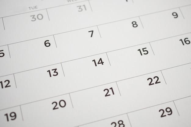 Страница календаря с датами крупным планом