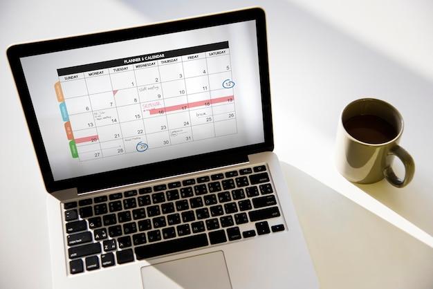 カレンダープランナーアジェンダスケジュールの概念