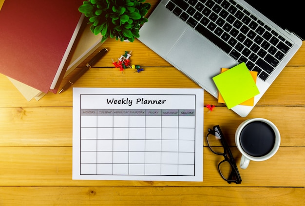 Calendar weekly plan doing business or activities with in a week.