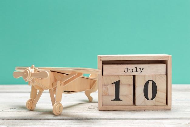 Calendar on wooden. summer time
