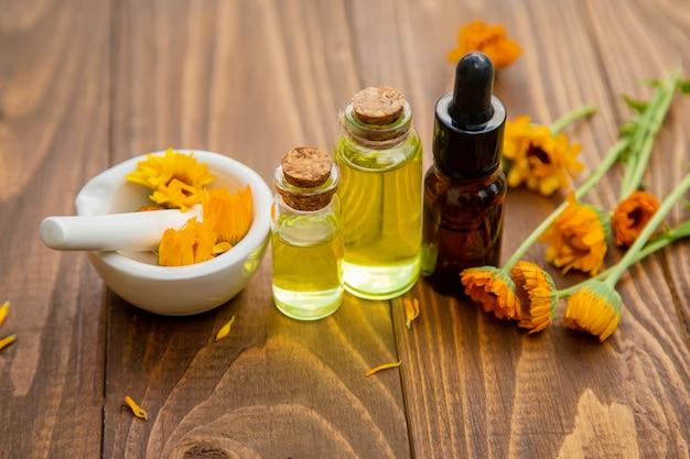 The calendula extract. medicinal plants.