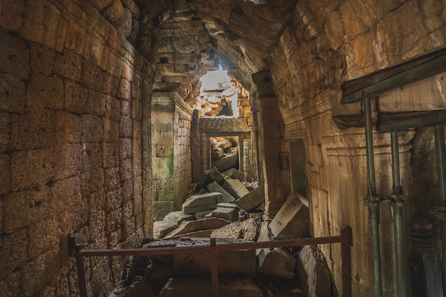 カンボジアアンコールワットタプローム寺院トゥームレイダーツリールーツ遺跡アンコール寺院タプロームシエムリアップ...