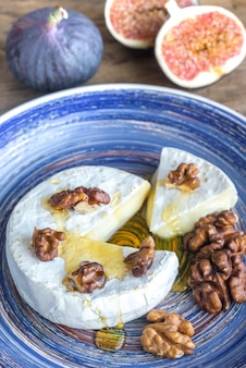 Camembert, figs and walnuts