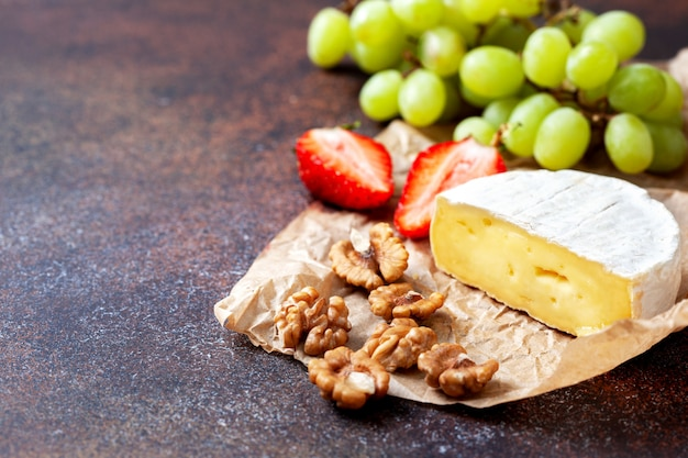 Camembert with grapes and walnuts