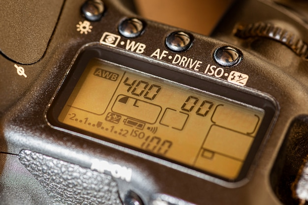 Отображение значения настройки камеры и кнопки, макросъемка