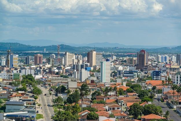 2021년 4월 21일 브라질 파라이바 캄피나 그란데. 도시의 부분적인 모습.