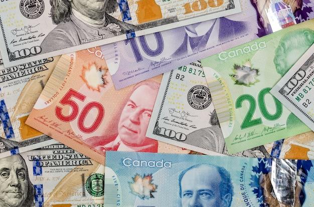 Canadian and american dollars Premium Photo