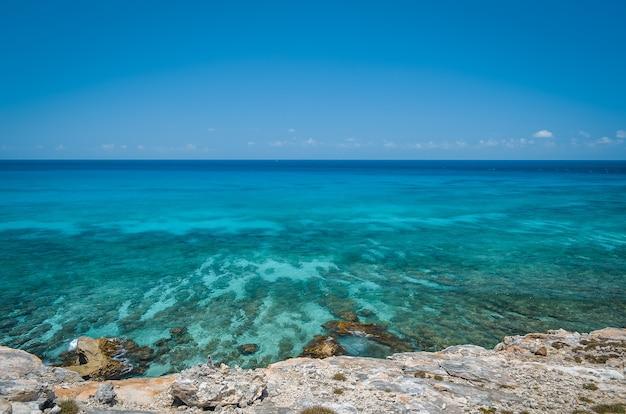 カンクンビーチ、メキシコ、カリブ。