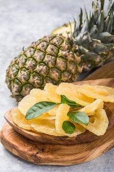 Candied pineapple slices