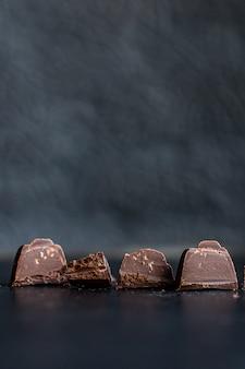 キャンディーチョコレート詰めチョコレートトリュフ甘いデザート