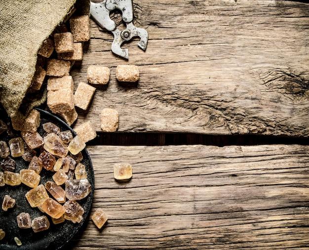 木製のサトウキビ