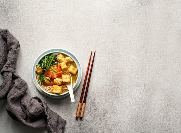 Canh bun, vietnamese noodle soup