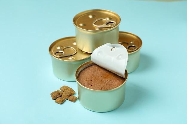 青のペットのための缶詰食品、クローズアップ