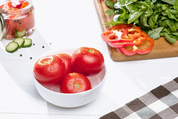 Canned tomatoes and fresh tomato