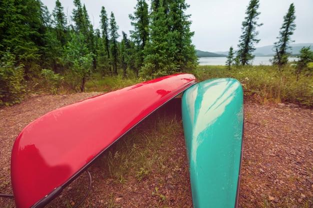 호수에서 카누