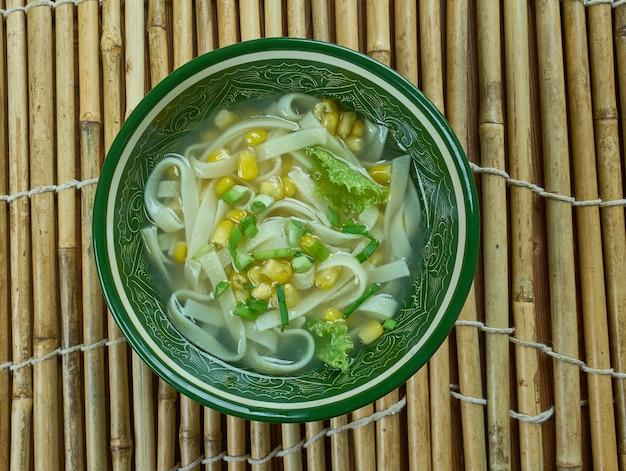 Кантонский кукурузный суп - кукурузный суп по-китайски, крупный план