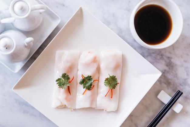Cantonese fresh shrimp spring rolls.