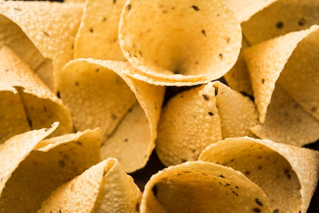 コーン型のキャパドコーンまたはパパダム、伝統的なインドのおかず