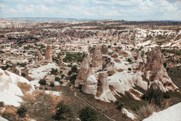 Каппадокия деревня гораме голубь долина город в горах