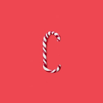 캡 사탕과 설탕 글꼴. 문자 c