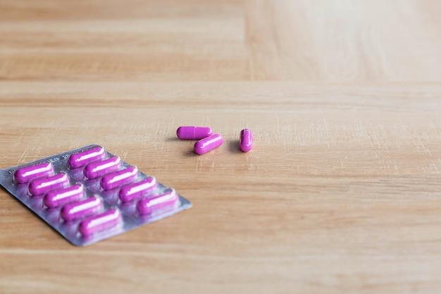 Капсулы и лекарства