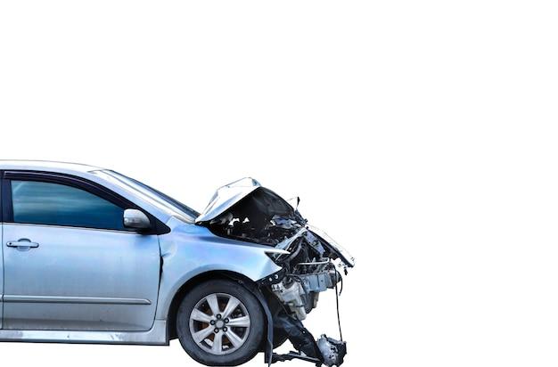 Автокатастрофа авария на белом фоне копией пространства
