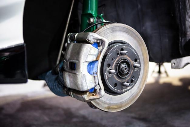 자동차 디스크 브레이크 및 녹색 충격 흡수