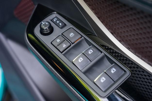Car door handle with power window control unit