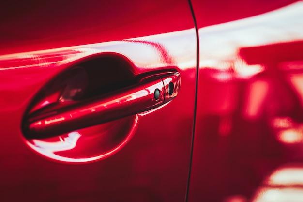 Ручка двери автомобиля с датчиком бесключевого доступа