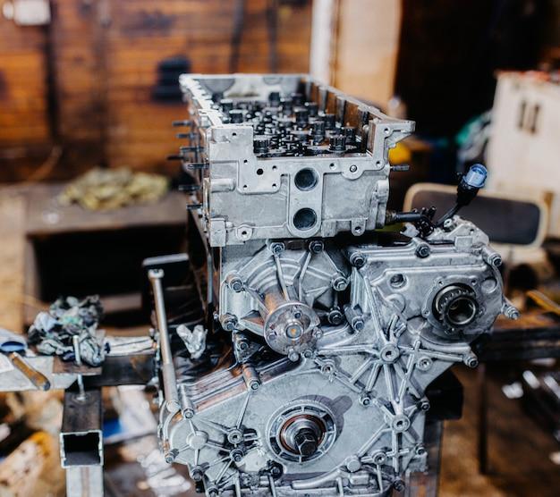 Car inline engine repair disassembled motor