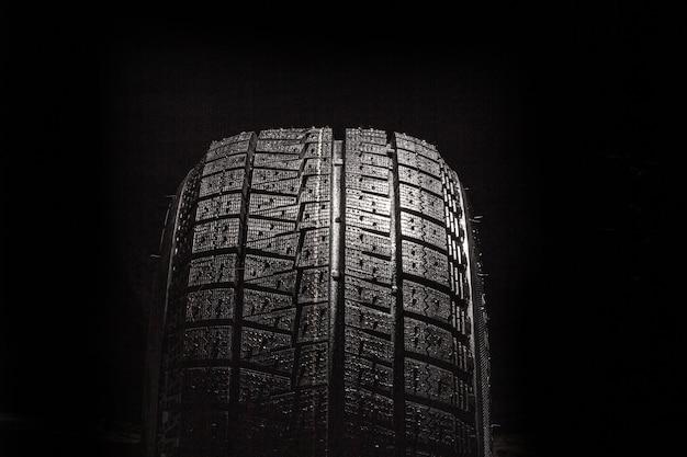 車のタイヤの背景、タイヤのテクスチャは背景をクローズアップ、スペースをコピーします。