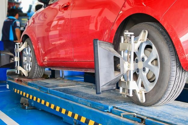 Car wheel alignment in reparation