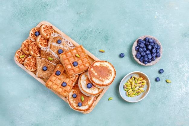 탄수화물 아침 식사, 팬케이크, 크레이프, 웨이퍼.