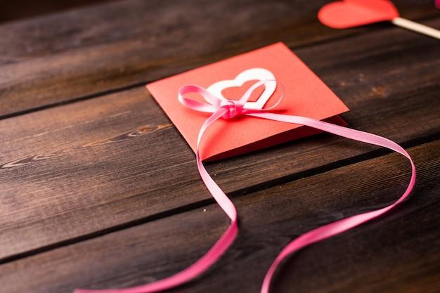 ハートデコレーションホリデーギフトバレンタインデーのカード