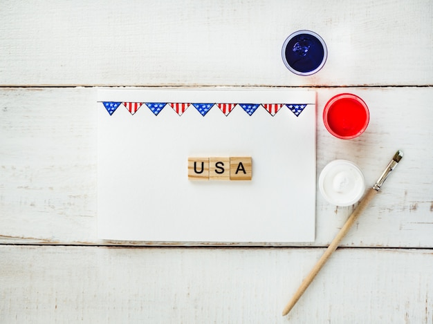 Card with a pattern of the us flag
