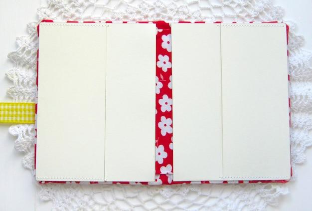 Cardboard binding scrapbooking