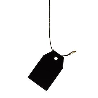 Картонный ценник, висит на веревке, изолированные на белом фоне