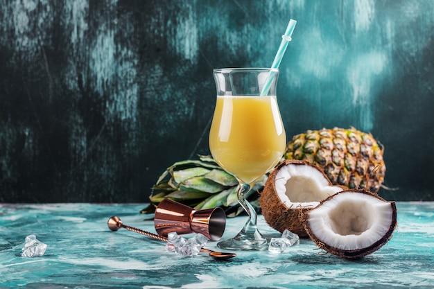 Карибский коктейль пина колада