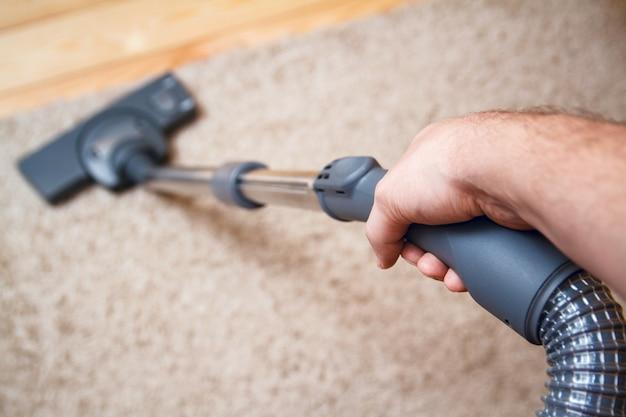 Carpet cleaning vacuum cleaner