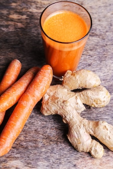Carrot juice with ginger root